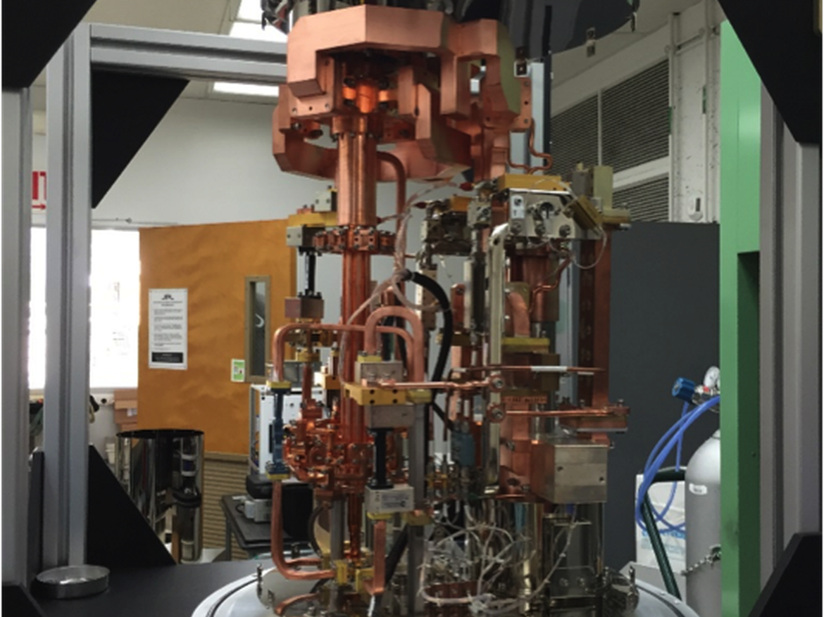 Microwave Elements Internal to Cryostat